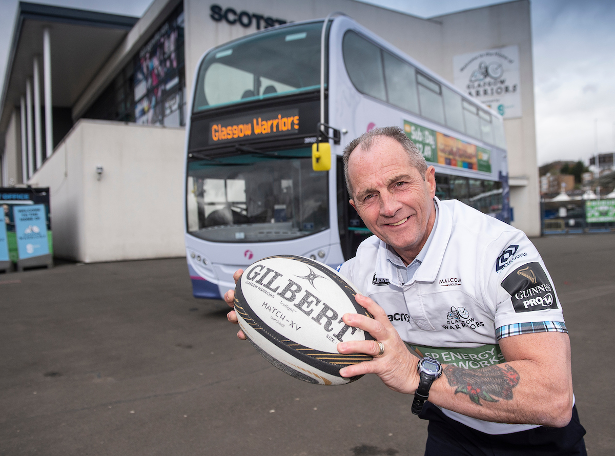 First Glasgow drivers wear shirts to support Glasgow Warriors