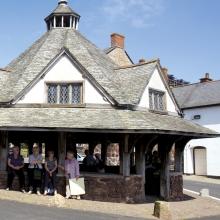 Dunster, Yarn Market